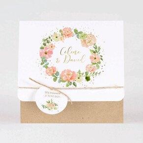 romantische-trouwkaart-bloemenkrans-en-namen-in-goudfolie-TA0110-1900042-15-1
