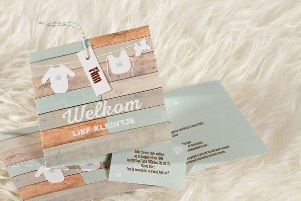 geboortekaartje-met-waslijn-op-gekleurd-steigerhout-mintgroen-buromac-586049-TA586-049-15-1
